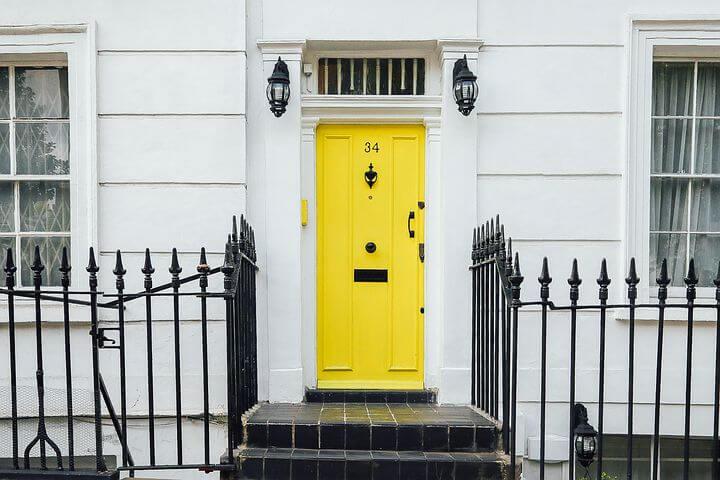 עיצוב איכותי מתחיל כבר בדלת הכניסה